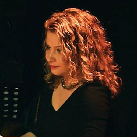 Oxana Tchijevskaia With Golden Hair, Photo